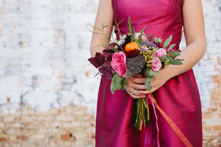 pink-bridesmaid-dress-and-lush-summer-bouquet